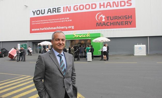 Dünya, tarım makinelerini Türkiye'de tanıtacak