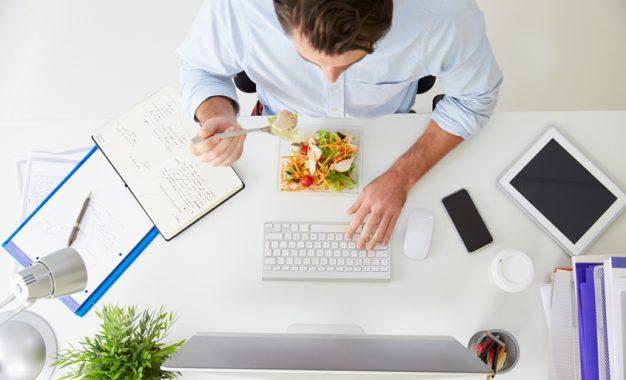 Avrupa'da öğle yemeğine ayrılan süre azalıyor