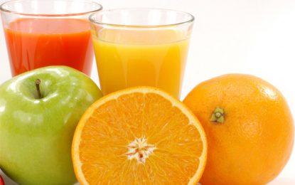 1 yaşını doldurmayan çocuklara meyve suyu vermeyin!