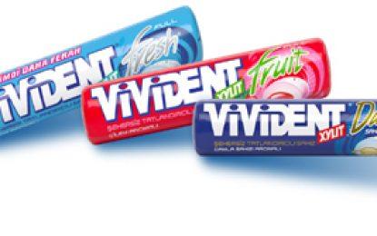 """""""Vivident Rulo"""" ailesi yepyeni aromalarıyla"""