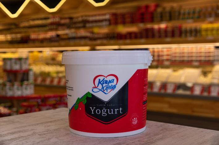 Kaya Çiftliği yoğurt grubunu yeniledi