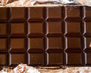 Çikolatalarda kakao yağı ikameleri ve trans yağ asidi düzeyleri