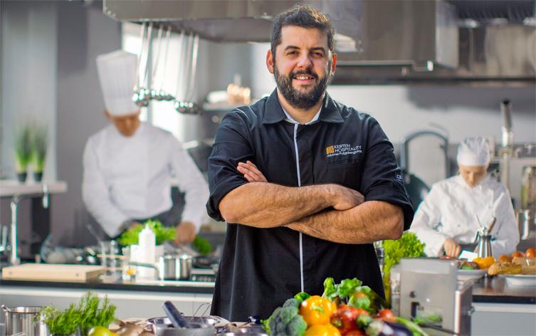 Michelin yıldızlı İspanyol Şef Jaume Puigdengolas The House Hotel Karaköy'de