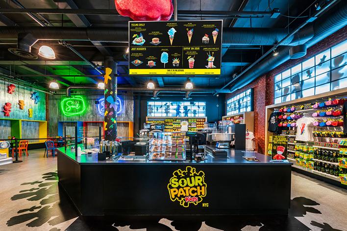 Jelibon SourPatch Kids'ten ilk konsept mağaza