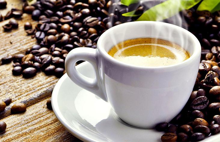 Kahve uyandıktan bir saat sonra içilmeli